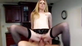 MilfHunter - Tax season-