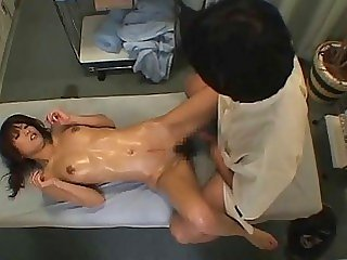 Therapist finger fucking her..